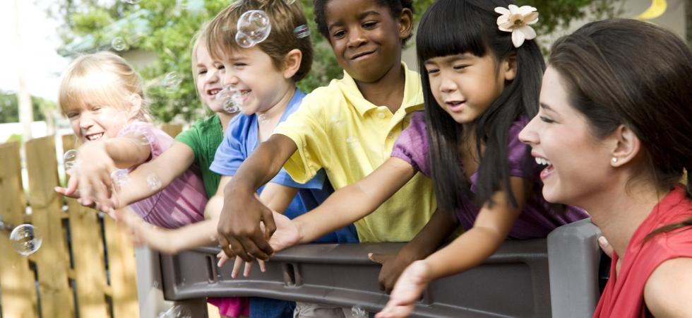 ChildCare-DiverseGroupOfKids